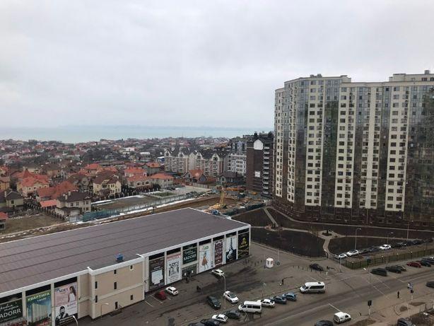 Продам 2-комн.квартиру с панорамным застеклением