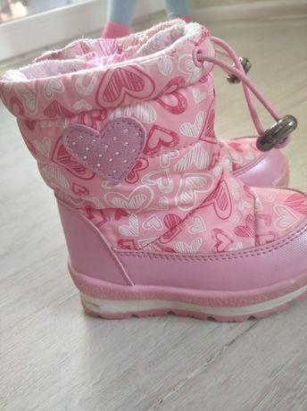Продам зимове  взуття для дівчинки