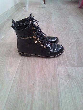 Демисезонные ботиночки 34 размер