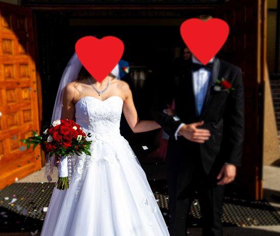 Suknia ślubna 36 z welonami