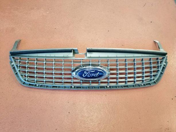 Решетка радиатора Ford Mondeo 4