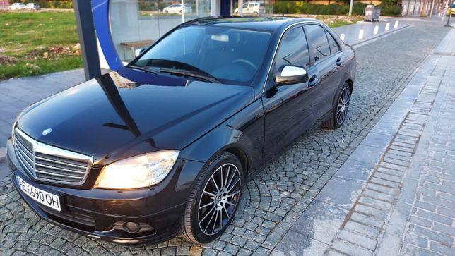 Продаём любимый автомобиль Mercedes C200 (2007)