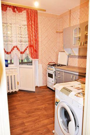 Продам однокімнатну квартиру,вул.Дачна, район ДНС, поруч з парком.