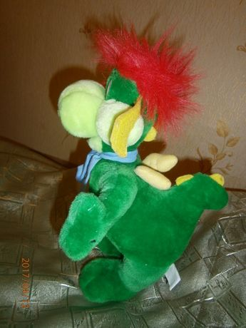 Динозавр. мягкая игрушка. из четырех единиц.