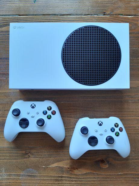 Xbox series S + 2 kontrolery + game pass ok 190 gier do list. 2022