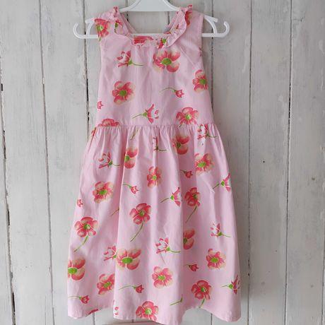 Różowa sukienka w kwiatki 116