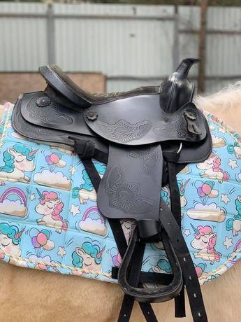 Конь кобыла лошадь седло пони осел