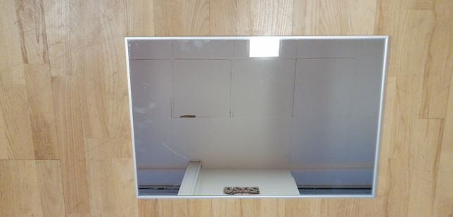 Lustro w aluminiowej ramie 60x40 cm
