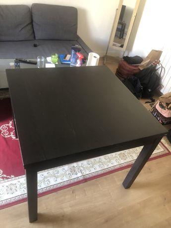 Mesa de jantar  com4 cadeiras