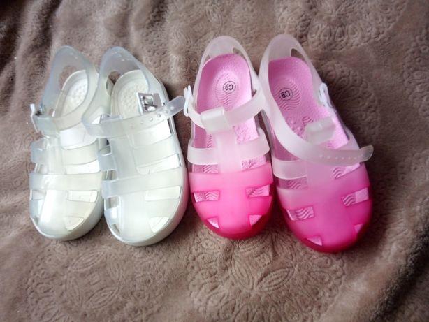 Нові Босоножки сандали
