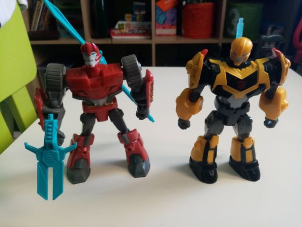 Roboty hasbro z bronią