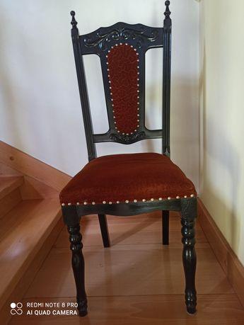 Krzesła drewniane sosnowe