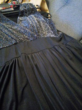 Czana sukienka bombka firmy IntelliGent Store L/XL