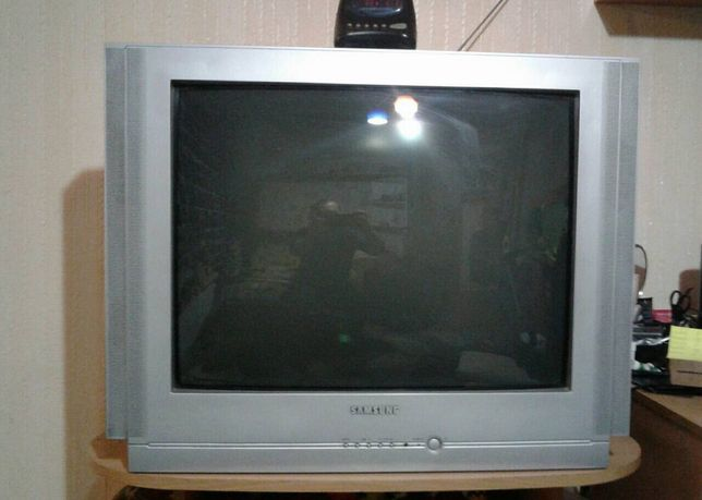 Телевизор самсунг (Samsung), тумба