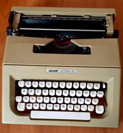 máquina datilográfica Olivetti lettera 25