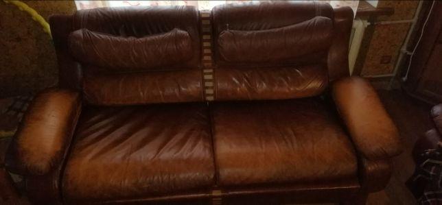 СРОЧНО! Кожаный диван