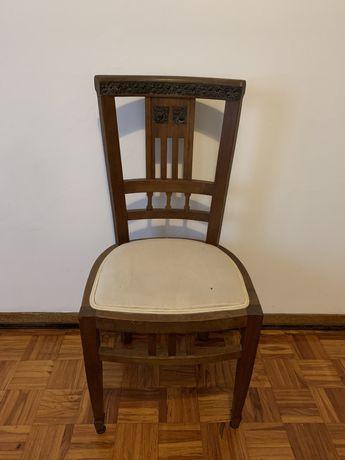 Cadeira Vintage de Madeira