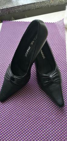 Pantofle Laura Messi rozmiar 39 Skórzane