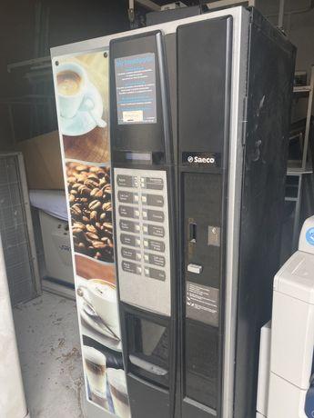 Maquina de cafe vending