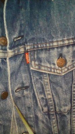 Безрукавка жилет джинсовый LEVIS size 32