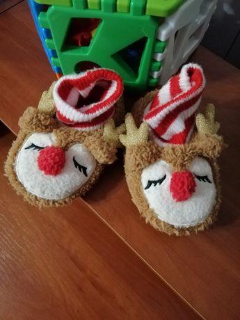 Новорічні капці-носочки