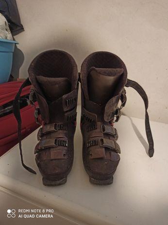 Buty narciarskie marki SALOMON r. 42