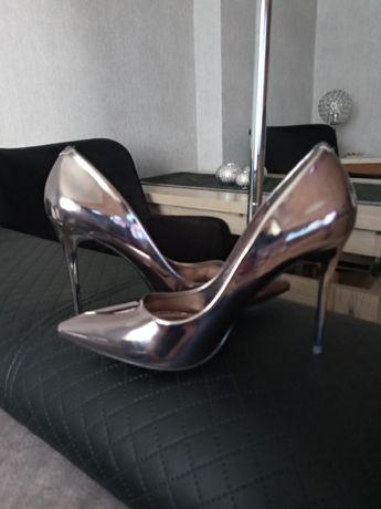 Szpilki nowe.buty rozmiar40