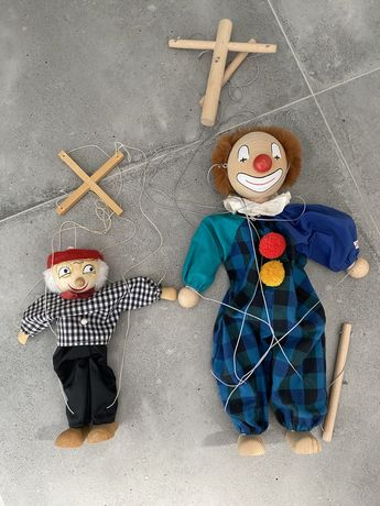 Drewniany klaun kukiełka marionetka