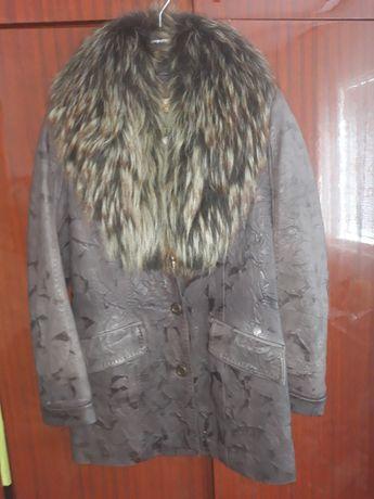 Курточка кожаная с натуральным мехом р. 46-48