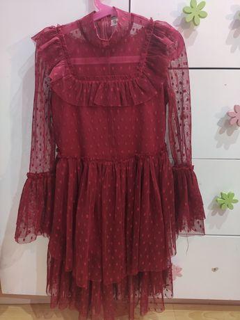 Sukienka tiulowa 128/134 stan idealny