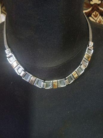 Колье серебряное с золотыми вставками