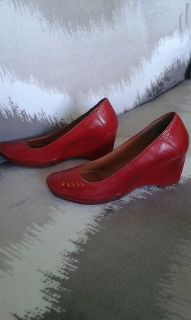Buty skórzane czerwone