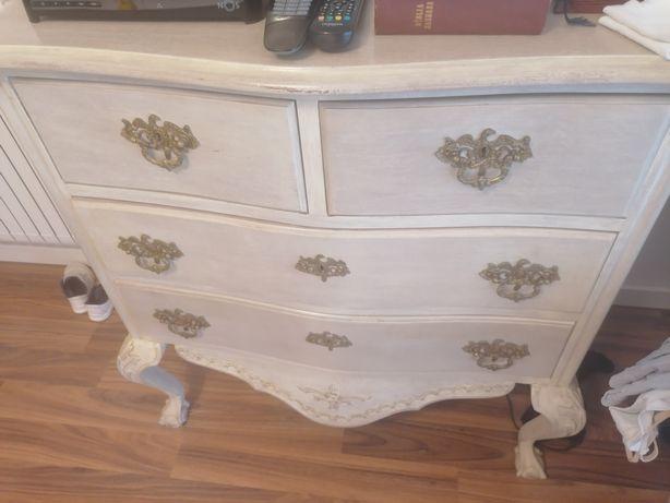 Cómoda e mesas cabeceira de quarto vintage! Oportunidade!