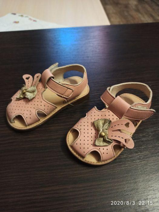 Продам детские кожаные сандали. ( по стельке 12.5 см) Коротич - изображение 1