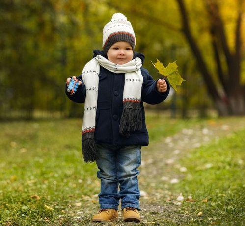 Трендовое демисезонное синие пальто для мальчика от calvin klein jeans