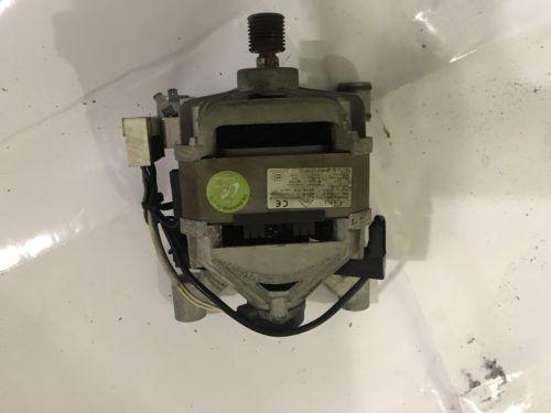 Мотор двигатель на стиральную машину Samsung WF7522S8C