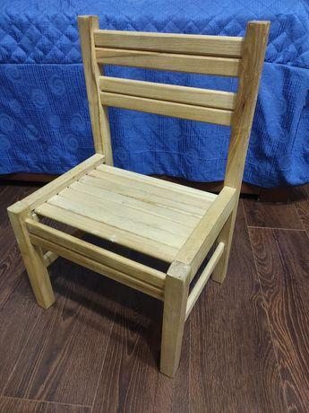 Детский стульчик, деревянный. Дитячий стілець.