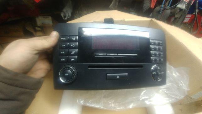 Mercedes Audio 20 MF2510 CD W164 M ML Al Original
