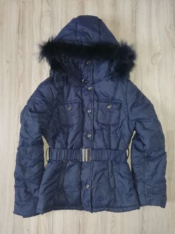 Granatowa, zimowa kurtka. Kaptur z futerkiem, pasek. R. 38