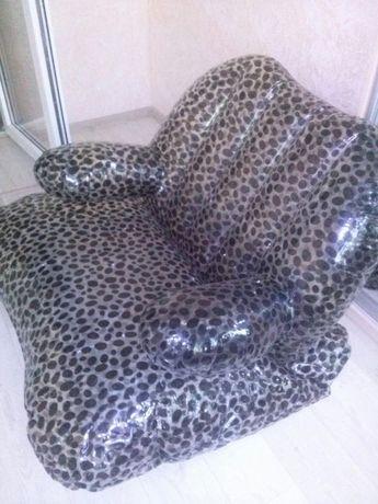 надувноое кресло