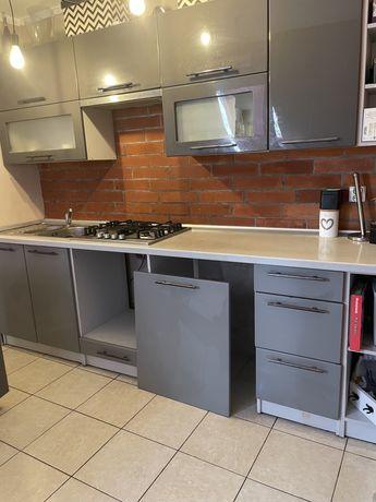 Meble kuchenne uzywane szare kuchnia