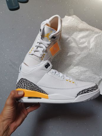Air Jordan 3 Retro laser Orange W
