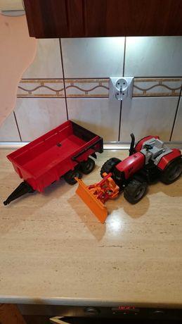 Bruder traktor z przyczepą pług śnieżny gratis