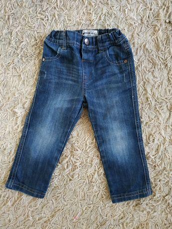 Spodnie chłopięce 86, jeans, ciemne, niebieskie, do koszuli i bluzy.