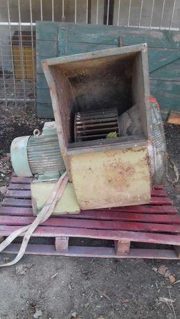 Wentylator turbinowy do suszarni zbożowej z silnikiem