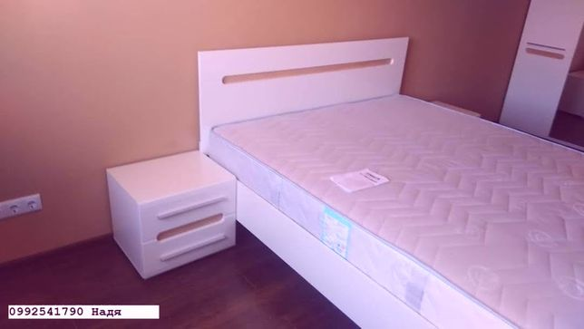 Ліжко підліткове з матрацом