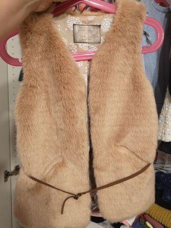 Kamizelka futerkowa Zara 104