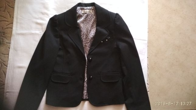 Школьный пиджак 140-146 см