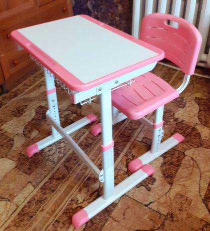 Парта-столик для девочки