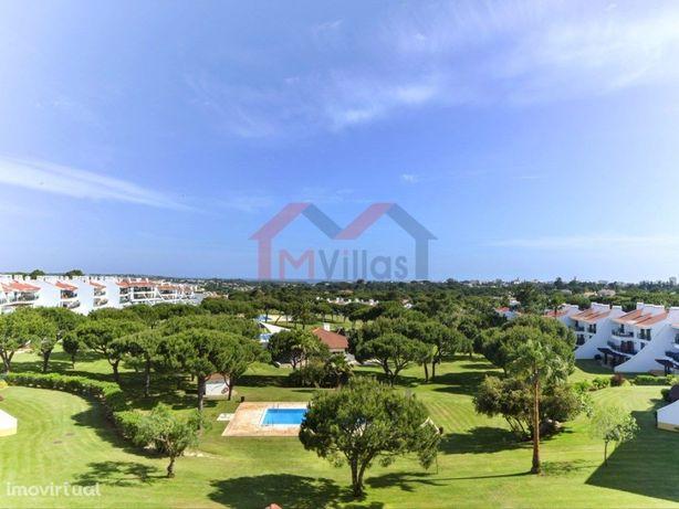 Duplex T2 com vista mar, piscina e garagem – Vila Sol